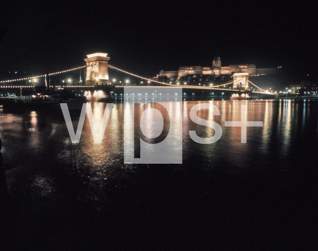 セーチェーニ鎖橋の画像 p1_5