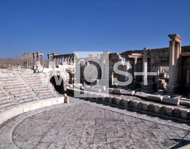  パルミラ遺跡の円形劇場 パルミラ遺跡の円形劇場 - 遺跡   wps+(ワールド・フォト・サー