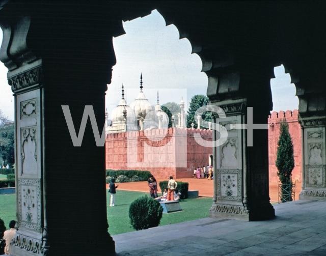 赤い城の画像 p1_28